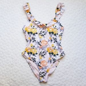 One piece swimsuit floral ruffle flattering swim M